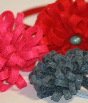 How to attach felt flowers to an elastic, a barrette or a hair band