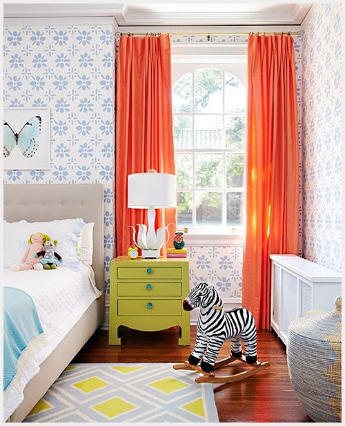 Modern big girl bedroom idea