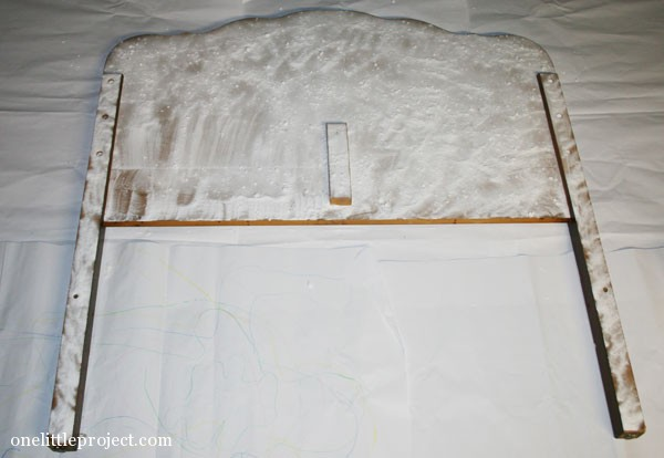 baking soda to remove smoke smell in wooden headboard