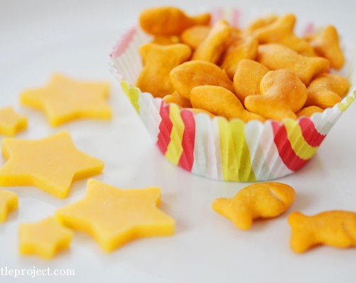 Four easy snack tips for picky toddlers | onelittleproject.com