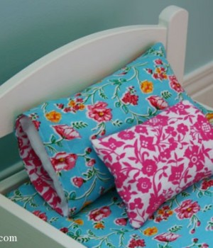 how to make a reversible doll pillowcase