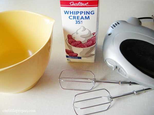 how to make whipped cream | onelittleproject.comDSCN5409