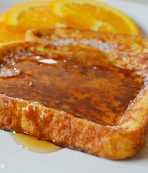 Delicious and Easy French Toast Recipe | onelittleproject.com