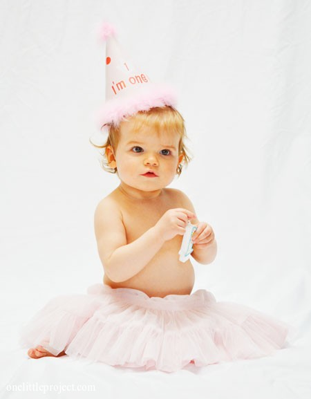 First birthday pictures | onelittleproject.com