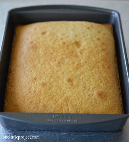 9x13 cake in cake pan