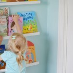 Alternative to a book shelf – Display with a wall of books