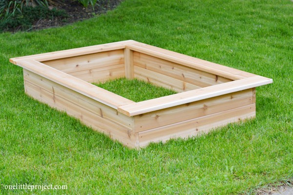 Incroyable How To Make A Garden Box | Onelittleproject.com