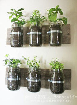 Mason Jar Crafts: A List of 27 Easy and Creative Ideas
