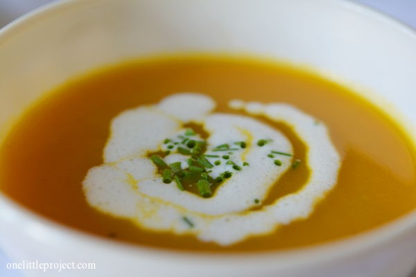 Garnishing 101: How to make cream swirls on soup