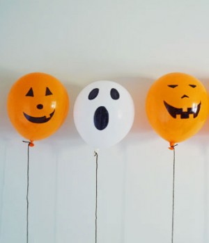 Permanent Marker Balloon Pumpkins