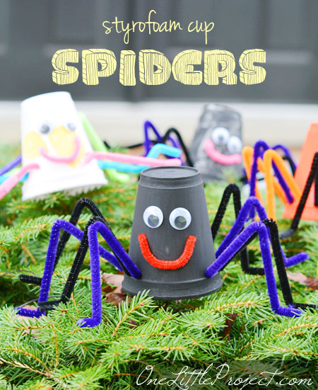 These styrofoam cup spiders are so easy for kids to make!  Such a cute halloween craft idea!