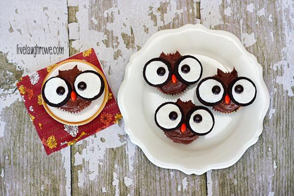 Super-Easy-Edible-Owl-Cupcakes