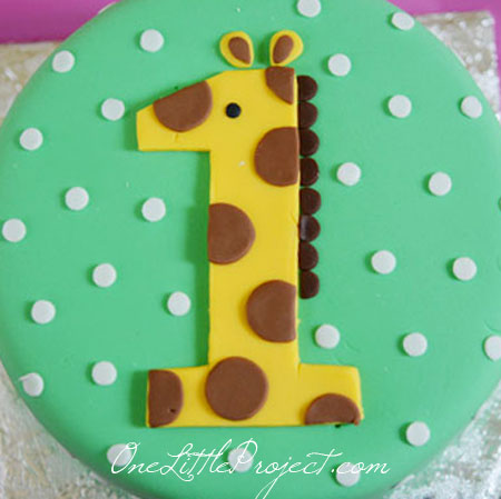 Amazing Giraffe Birthday Party Another Adorable First Birthday Party Idea Personalised Birthday Cards Veneteletsinfo