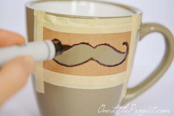 DIY Sharpie Mustache Mugs Tutorial