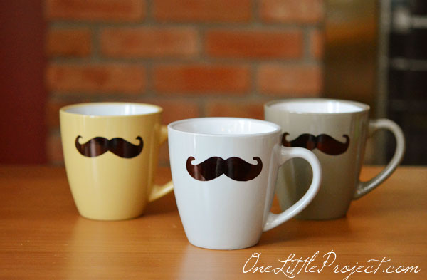 DIY Sharpie Mustache Mugs Tutorial - Such a cute gift idea for a dad, husband or even a grandpa! And they are so easy to make!