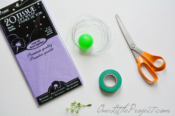 Here are step by step instructions to make tissue paper flowers that look just like balloon flowers. These are so pretty!