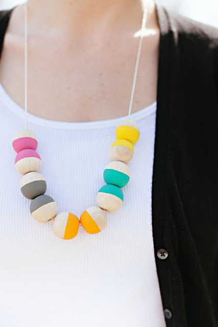 25 DIY Mother's Day Gift Ideas | Personalized wooden bead necklace