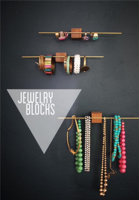 25 DIY Mother's Day Gift Ideas | Modern DIY jewellery holder
