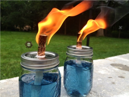 25 DIY Mother's Day Gift Ideas   DIY Outdoor Candles