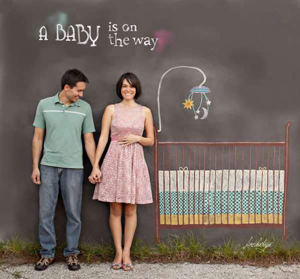 30+ Fun Photo Ideas to Announce a Pregnancy - Beautiful Chalkboard Crib Announcement