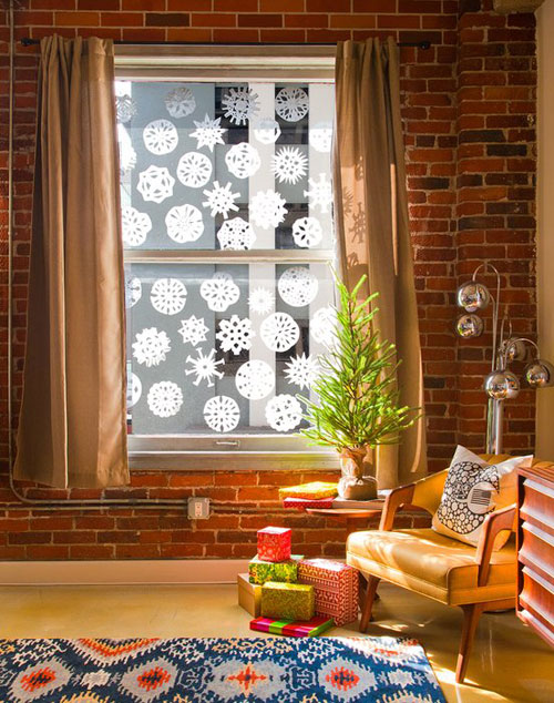 20 Beautiful Coffee Filter Crafts - Coffee Filter Snowflakes