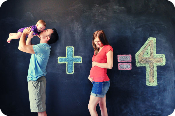 30+ Fun Photo Ideas to Announce a Pregnancy - Do The Math Announcement