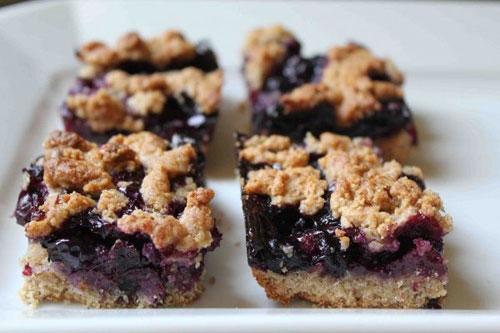 50+ Best Recipes for Fresh Blueberries - Blueberry Cobbler Bars