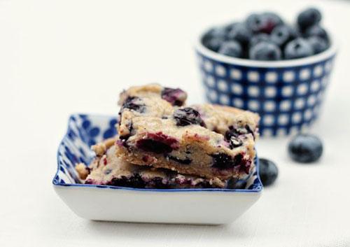 50+ Best Recipes for Fresh Blueberries - Blueberry Pie Bars
