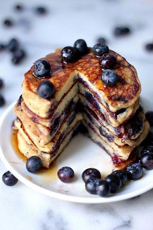 50+ Best Recipes for Fresh Blueberries - Fresh Blueberry Pancakes