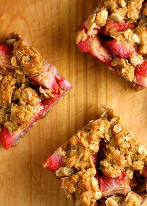 50+ Best Recipes for Fresh Strawberries - Strawberry Crumble Bars