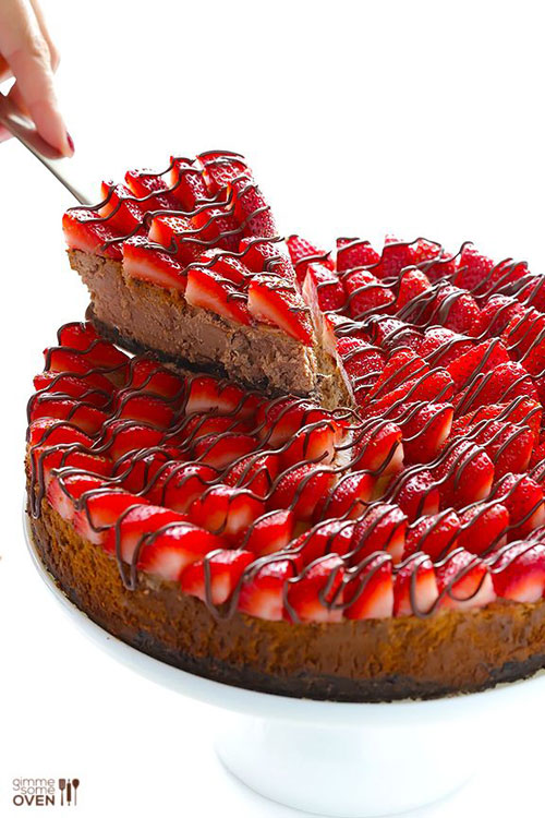 50+ Best Recipes for Fresh Strawberries - Strawberry Nutella Cheesecake