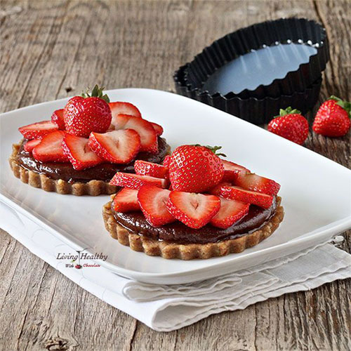 50+ Best Recipes for Fresh Strawberries - Strawberry Tart With Homemade Nutella