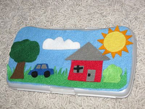 40+ DIY Travel Activities - Wipes Case Felt Board