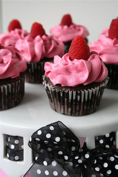 50+ Best Recipes for Fresh Raspberries - Chocolate Raspberry Cupcakes