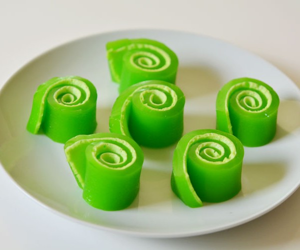 Jello Roll-Ups