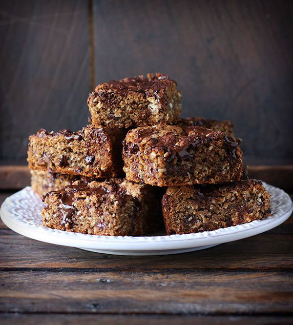 ... Squares and Bars Recipes - Honey Roasted Peanut Butter Chocolate Oat
