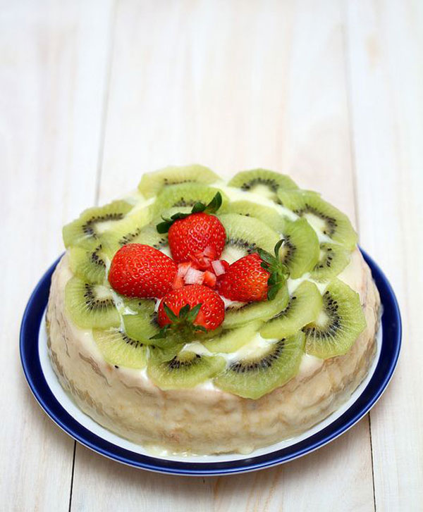 50+ Best Kiwi Recipes - Kiwi Butter Cake