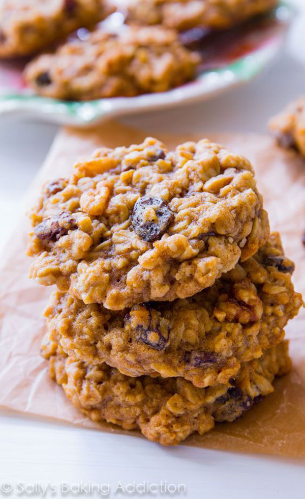 50+ Best Cookie Recipes - Oatmeal Raisin Cookies