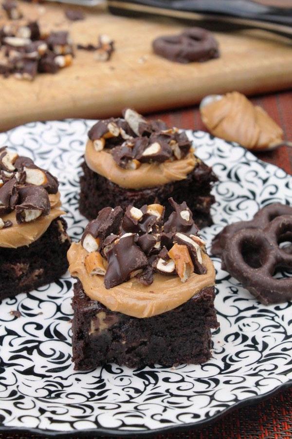 50+ Best Squares and Bars Recipes - Peanut Butter Pretzel Brownies