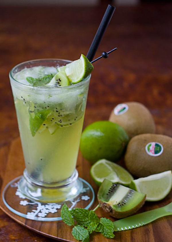 50+ Best Kiwi Recipes - Virgin Kiwi Mojito