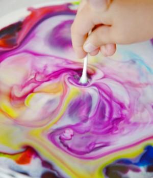 Colour-changing milk experiment