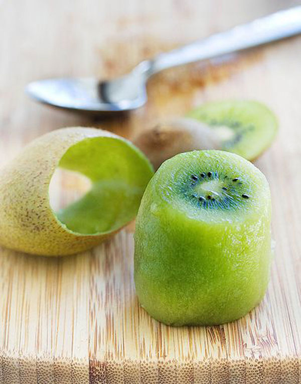 50+ Best Kiwi Recipes - How to Peel and Cut Kiwi Fruit