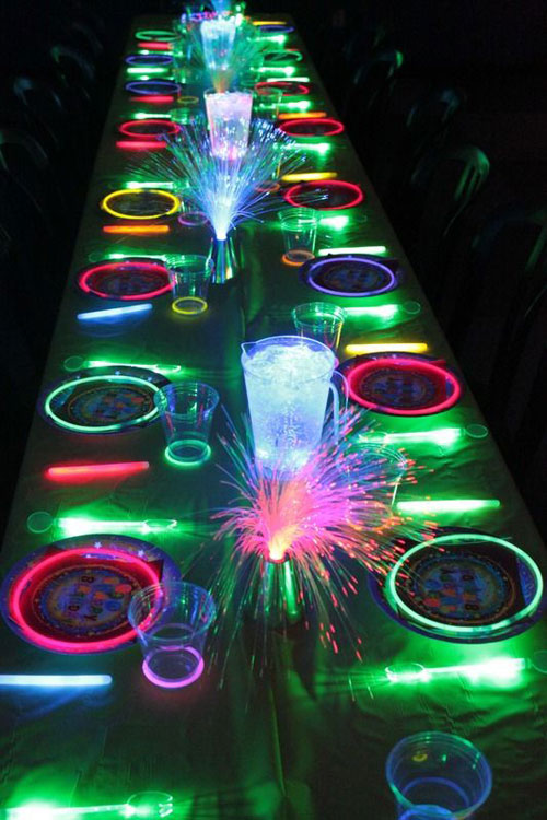 50+ Glow Stick Ideas - Neon Glow In The Dark Party