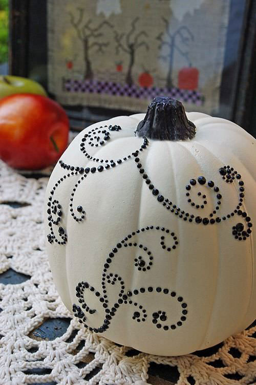Pumpkin Carving Hacks - Bling a Pumpkin