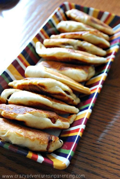 Non-Sandwich Lunch Ideas - Crescent Roll Hot Dog Pockets