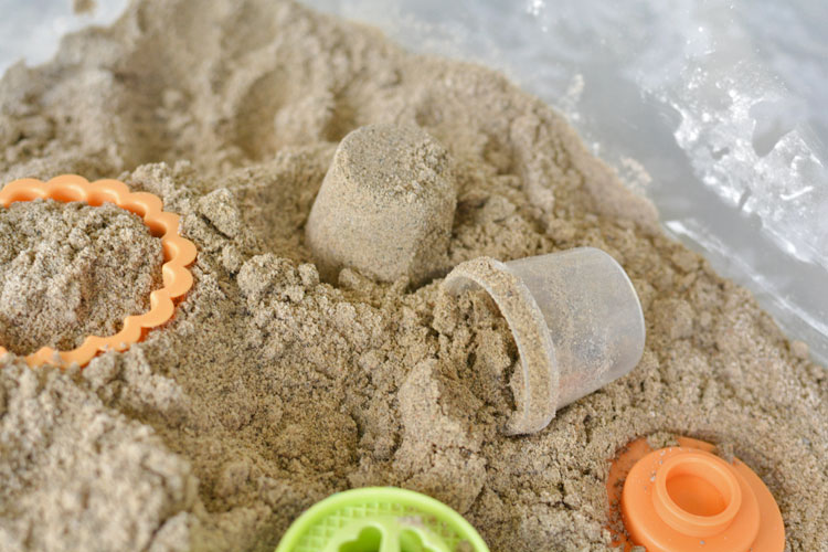 This tutorial shows you exactly how to make kinetic sand using common household ingredients. It ends up with a really cool squishy and moldable texture!