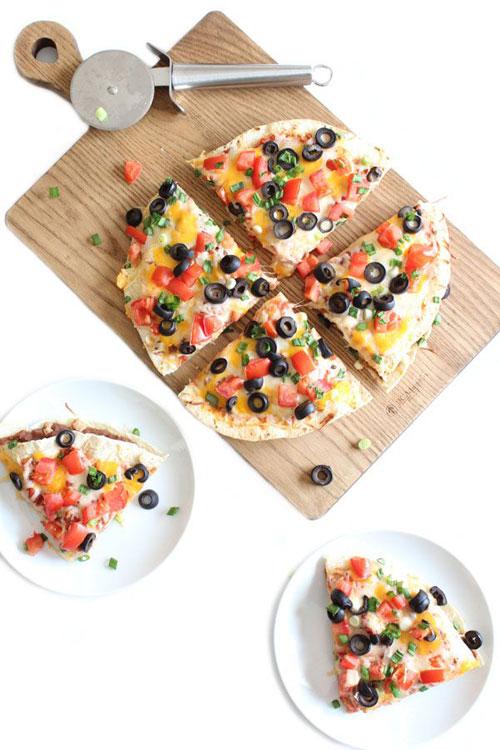 Non-Sandwich Lunch Ideas - Mexican Pizza