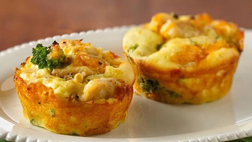 Non-Sandwich Lunch Ideas - Mini Chicken and Broccoli Pies