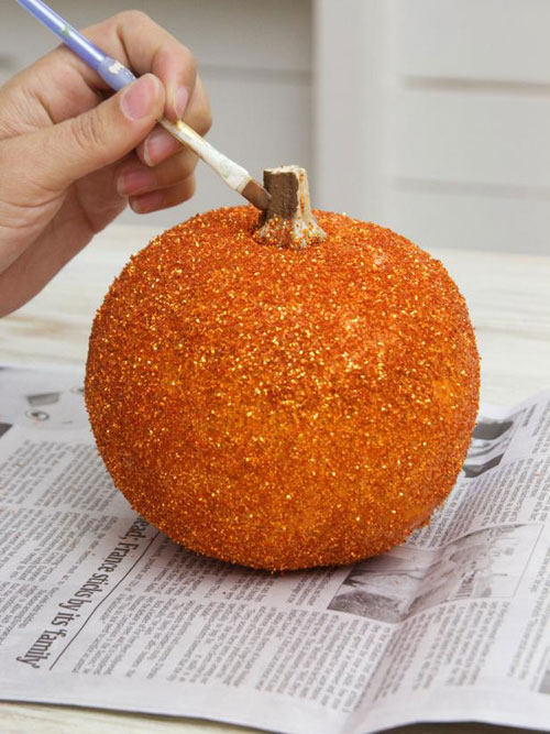Pumpkin Carving Hacks - DIY Glittered Pumpkin