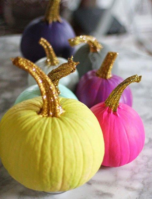 Pumpkin Carving Hacks - Painted Pumpkins with Glittered Stems